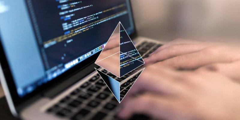 Сеть Ethereum развивается: за год на платформе выпущено более 700 токенов и 1090 приложений